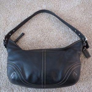 Vintage COACH Black Leather Medium Hobo Purse